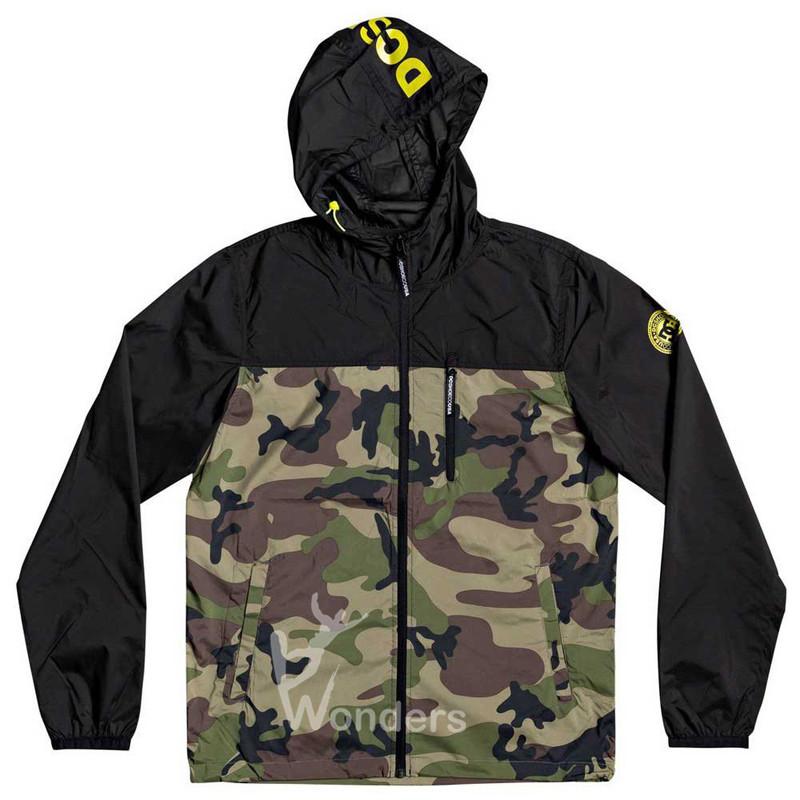 Men's Camo & Black Printing Windbreaker Jacket Water-Resistant Hooded Rain Jacket