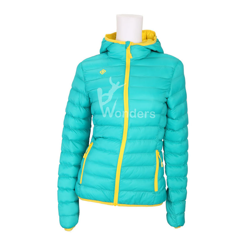 Women's light weight water-resistant full zip hoodied padded  jacket puffer jacket