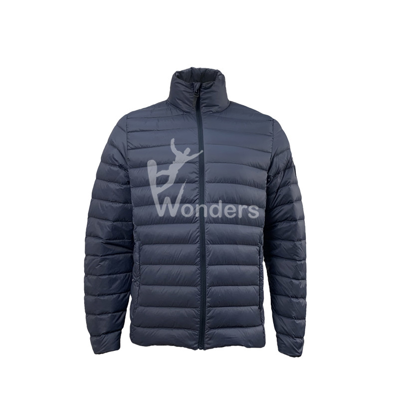 Men's  water-resistant 90/10 duck Down Jacket without hood